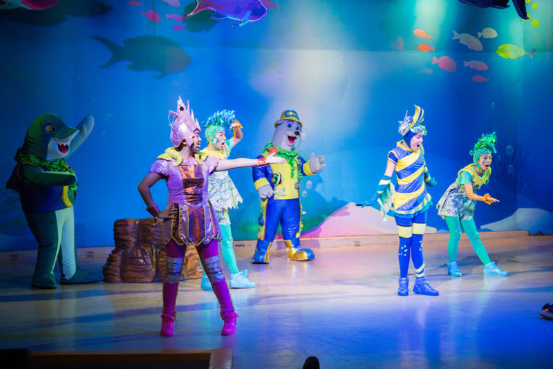 A short musical about protecting sea life by not throwing your trash into the ocean. They did a pretty good job.