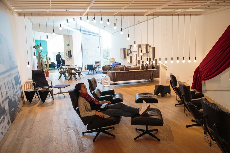 In some alternate reality, where I can test all the Eames lounge chairs I want.